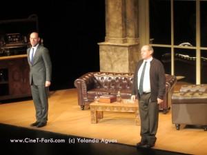 Eduard Farelo y Emilio Gtez. Caba, saludando al público