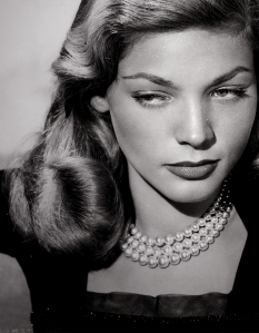 Betty-Bacall-lauren-bacall-31120456-700-900